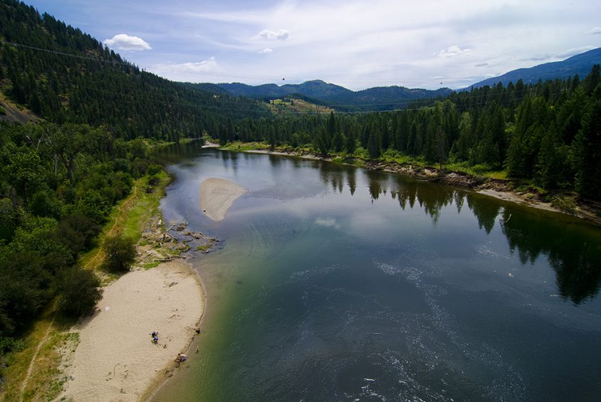 Hiking, beach, swimming, Kettle River, near Christina Lake, Boundary