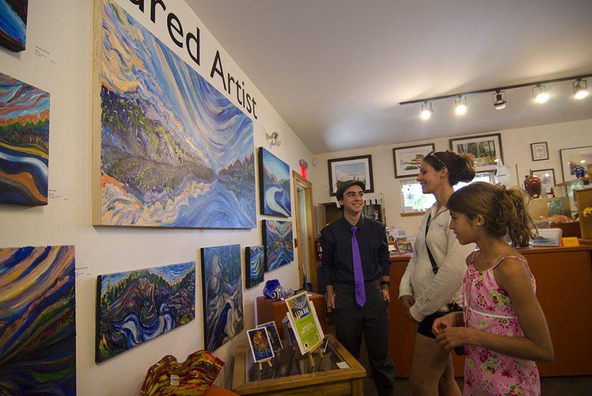 Arts on 3, Christina Lake, summer, Boundary