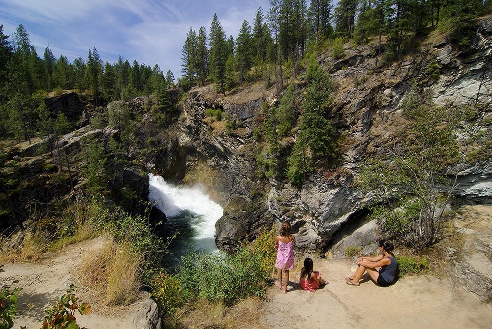 Cascade Falls hiking, near Christina Lake, Boundary