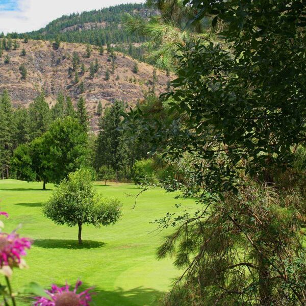 Cascade Par 3 Golf Course