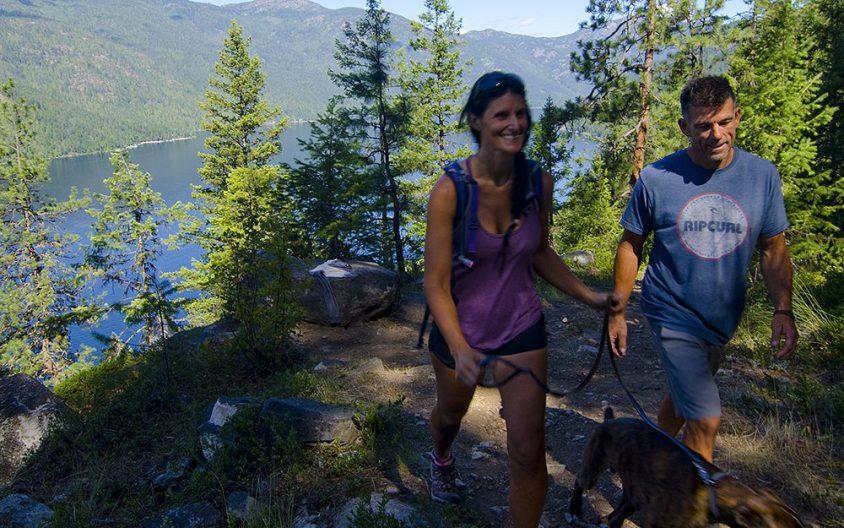 Couple hiking, Deer Point Trail, Christina Lake Provincial Park, Boundary