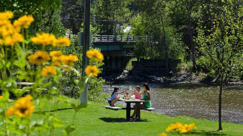 Picnic, Riverfront Park, Midway, Boundary