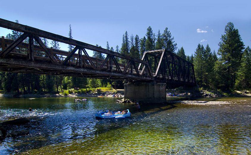 Tubing, Kettle River Provincial Park, near Westbridge, Boundary